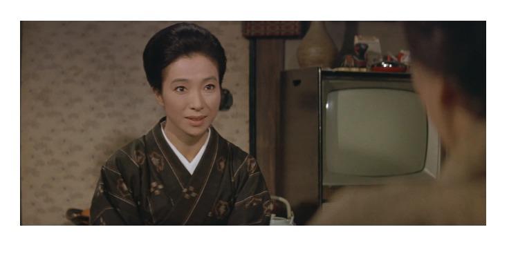 3作目マドンナ:志津(女優名:新珠三千代)